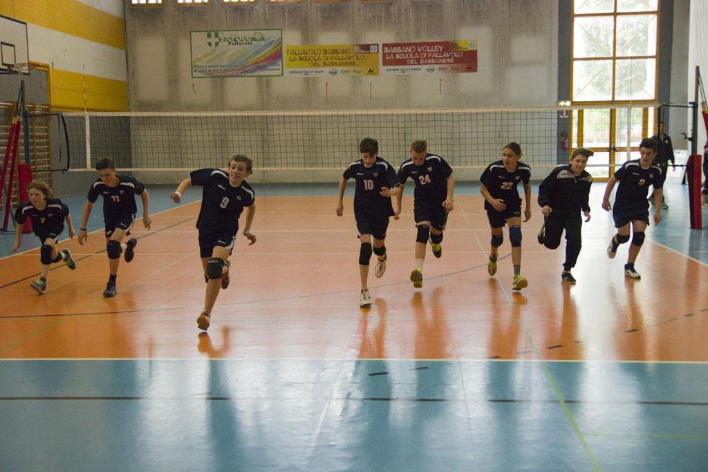 Bassano volley under 13 vola in finale provinciale for De marchi arredamenti bassano